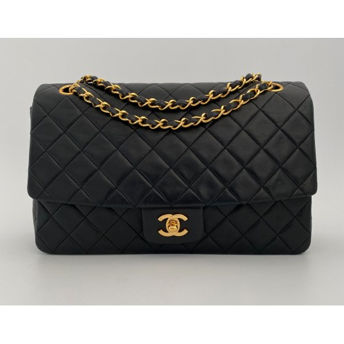 Chanel leather black...
