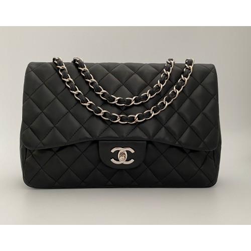 Chanel Jumbo black leather...