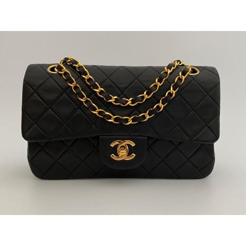 Chanel Timeless 23 black...